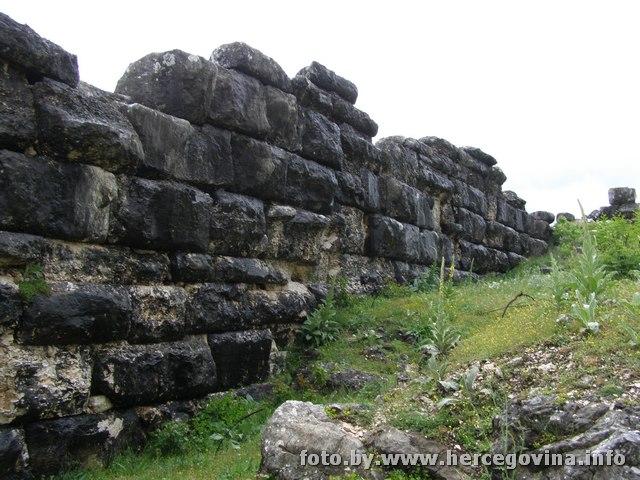,,Киклопске зидине,, - Штрепци Foto-helenisticki-grad-daorson__9c6