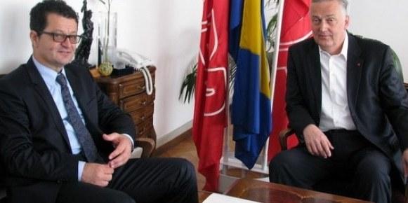 http://www.hercegovina.info/img/repository/2014/10/web_image/zz_61030950.jpg